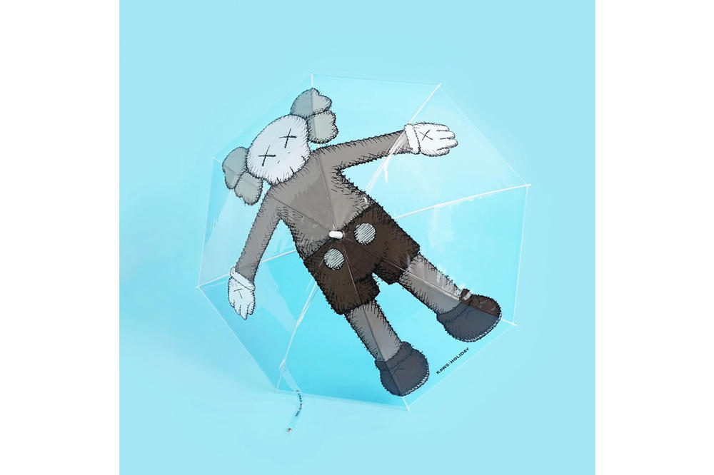 KAWS:HOLIDAY Seoul Seokchon Lake Korea Figurine Umbrella