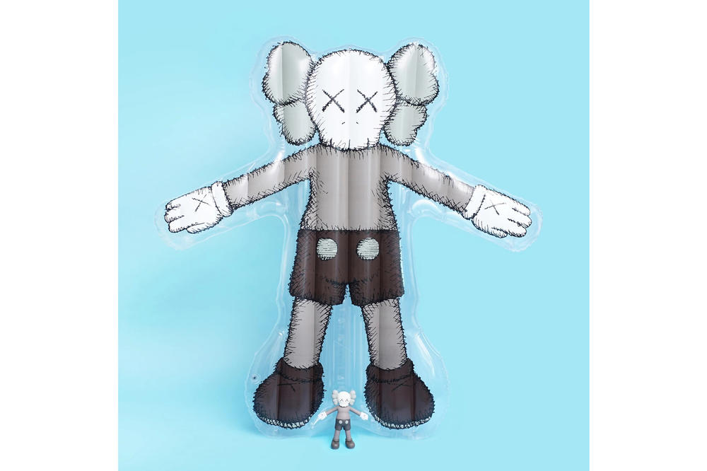 KAWS: ПРАЗДНИК Seoul Seokchon Lake Korea Blow-Up Figurine