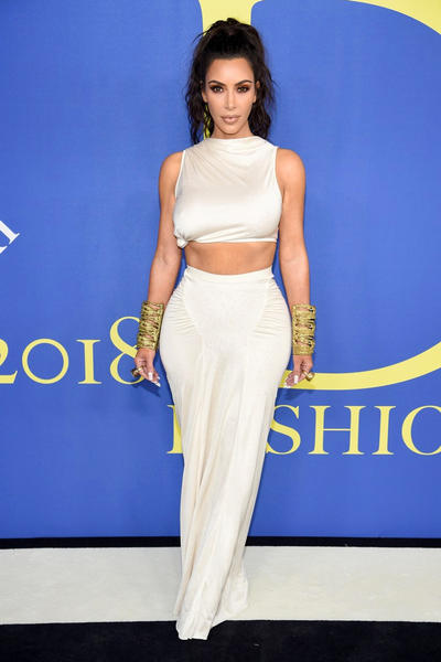 Full List of 2018 CFDA Fashion Award Winners Supreme Calvin Klein Raf Simons Kim Kardashian