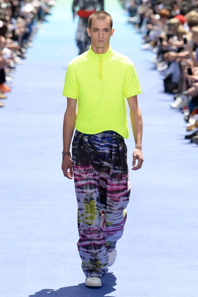 Virgil Abloh Louis Vuitton Paris Fashion Week Men's 2019 Neon Fluoro Yellow Top