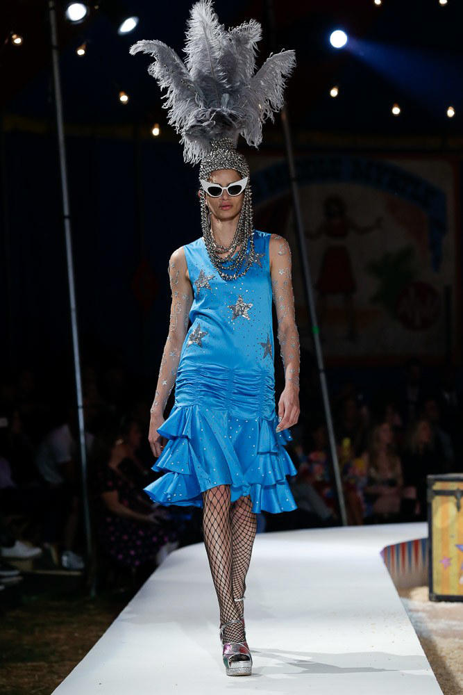 moschino jeremy scott spring 2019 collection los angeles circus violet chachki rupaul drag race queen