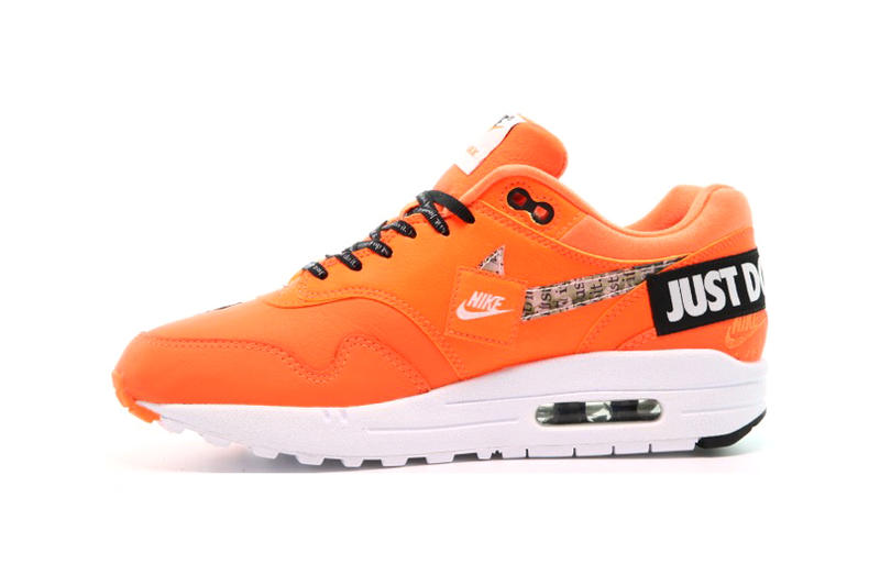 sports shoes 2361e dee9b Nike Air Max 1 LX Just Do It Total Orange White Black