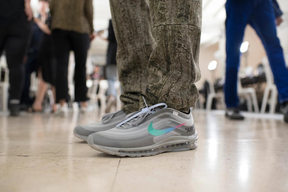 Off-White Virgil Abloh Menswear Spring/Summer 2019 Paris Fashion Week Men's Collection Backstage Nike Air Max 97 Blue Multi-Colored