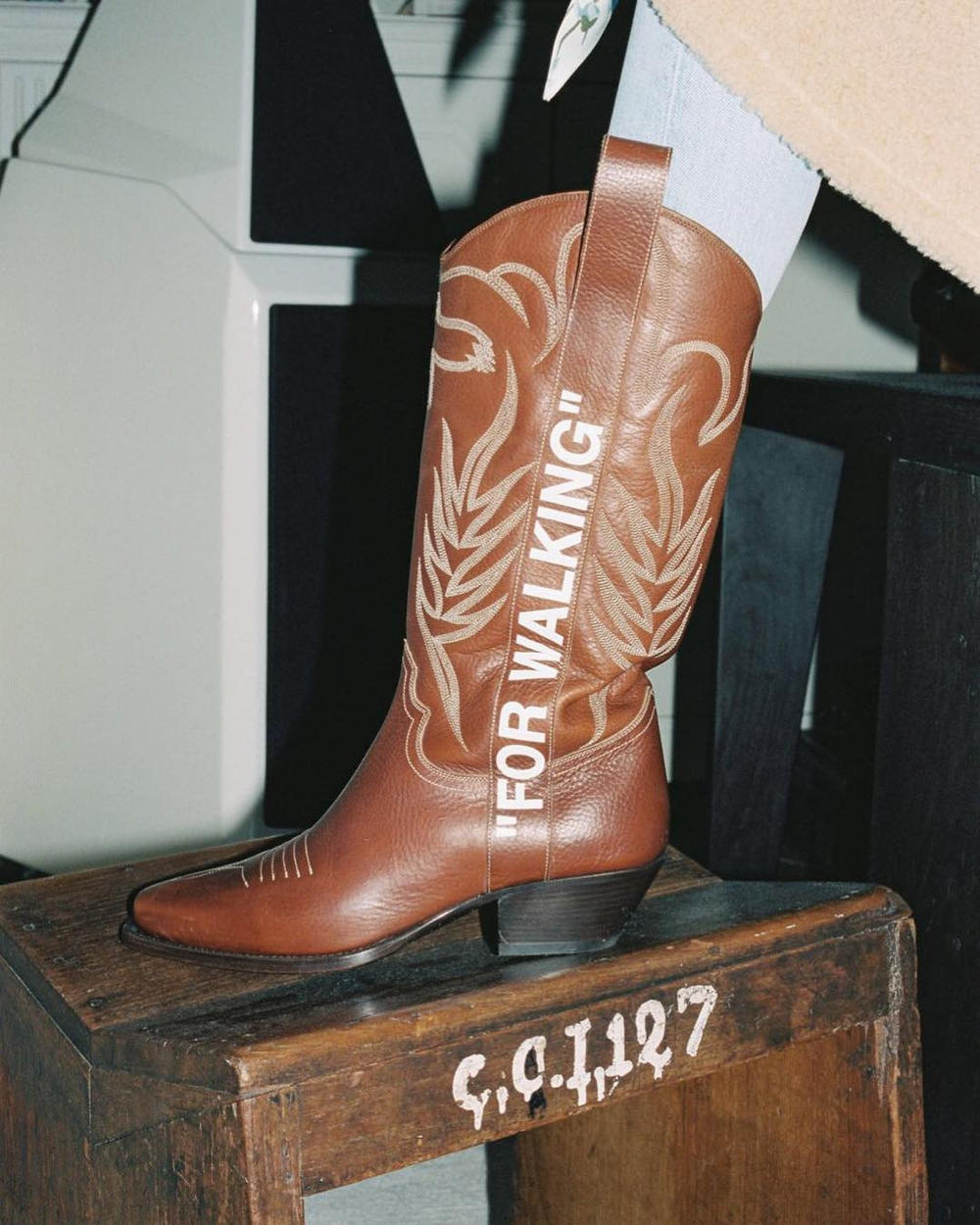 """Off-White™ """"FOR WALKING"""" Cowboy Boots in Brown Virgil Abloh Wild West Fashion"""