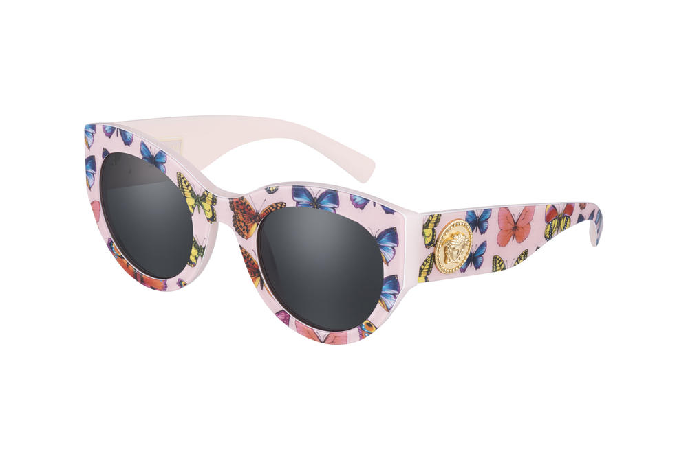 723cc427170 Versace Tribute Fall Winter 2018 Sunglasses Collection Oversized Pink  Butterflies