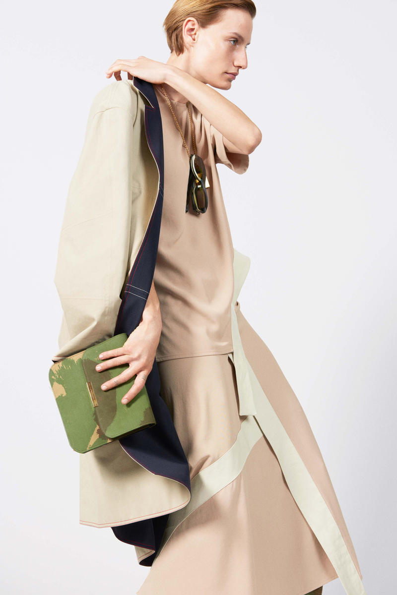 Victoria Beckham Resort 2019 Collection Lookbook Jacket Khaki Leather Bag Green
