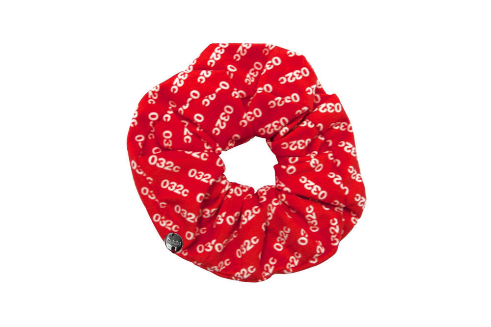 032c Velvet Scrunchie Red