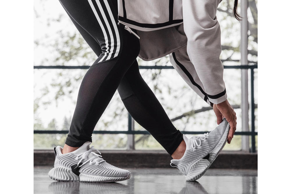 adidas Running AlphaBOUNCE Instinct White