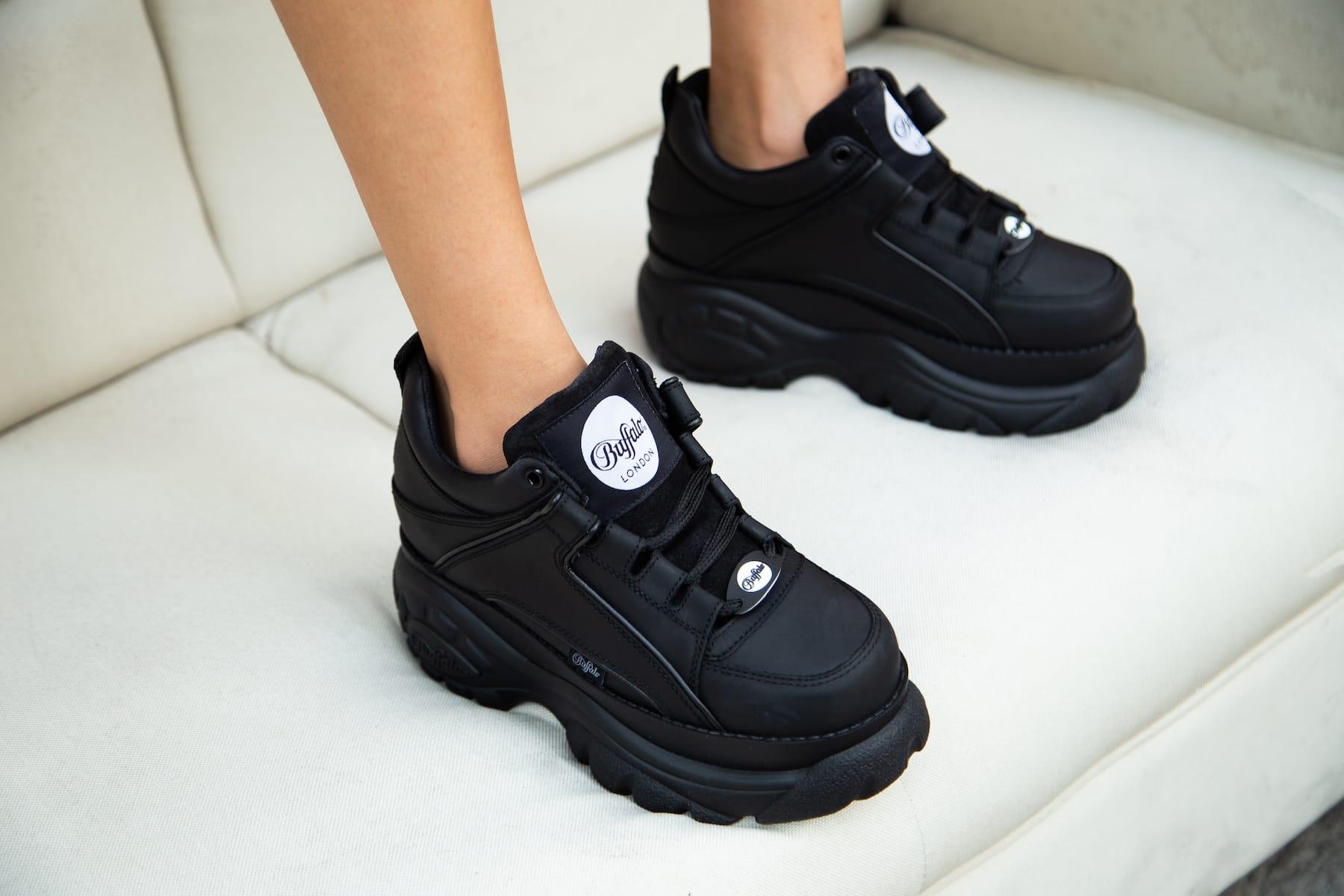 buffalo low sneakers