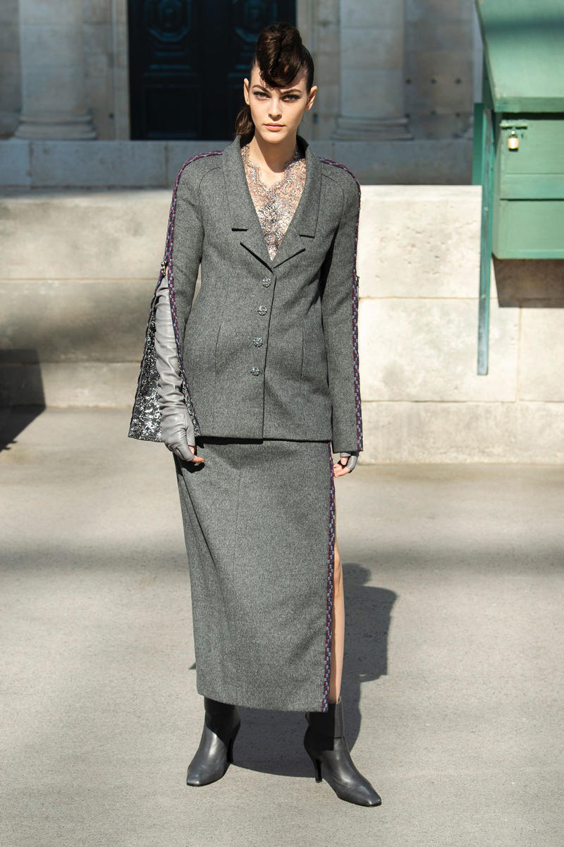 Chanel Fall 2018 Couture Show Collection Blazer Skirt Grey Purple