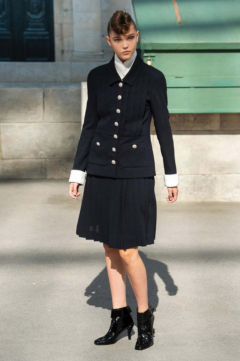 Chanel Fall 2018 Couture Show Collection Blazer Skirt Boots Black