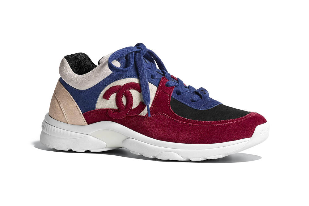 chanel pre-fall 2018 sneaker suede calfskin navy blue red logo