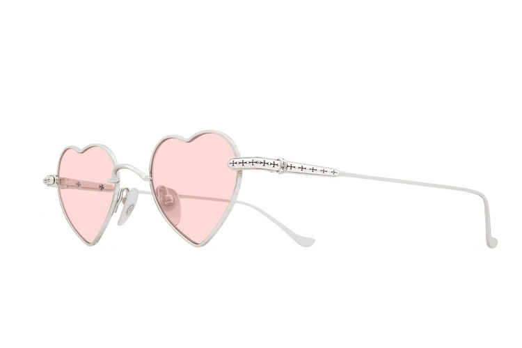 3f4d6ef990f9 We re in Love With Chrome Hearts  New Heart-Shaped Sunnies