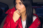 "Picture of Kylie Jenner Officially Brings Back the ""Old Kylie"" by Getting Rid of Her Lip Fillers"