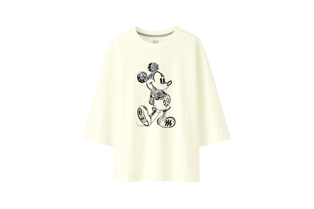 Love & Mickey Mouse Uniqlo UT T-Shirt Collection Cream