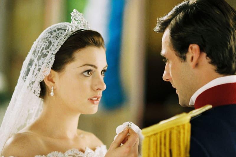 Princess Diaries 2 Royal Engagement Still Crown Wedding Dress Anne Hathaway