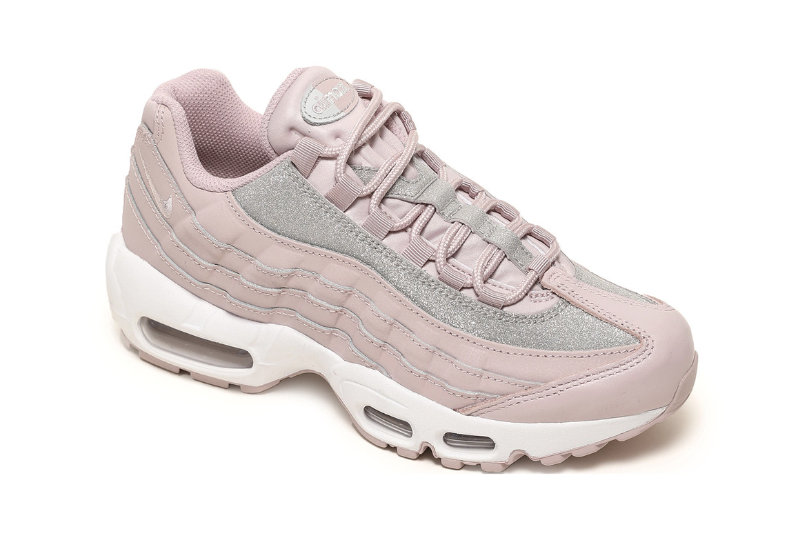 Nike Air Max 95 Se In Particle Rose Glitter Hypebae