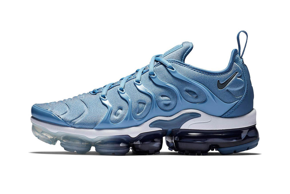 huge selection of b0fd5 f25f8 Nike's Air VaporMax Plus in