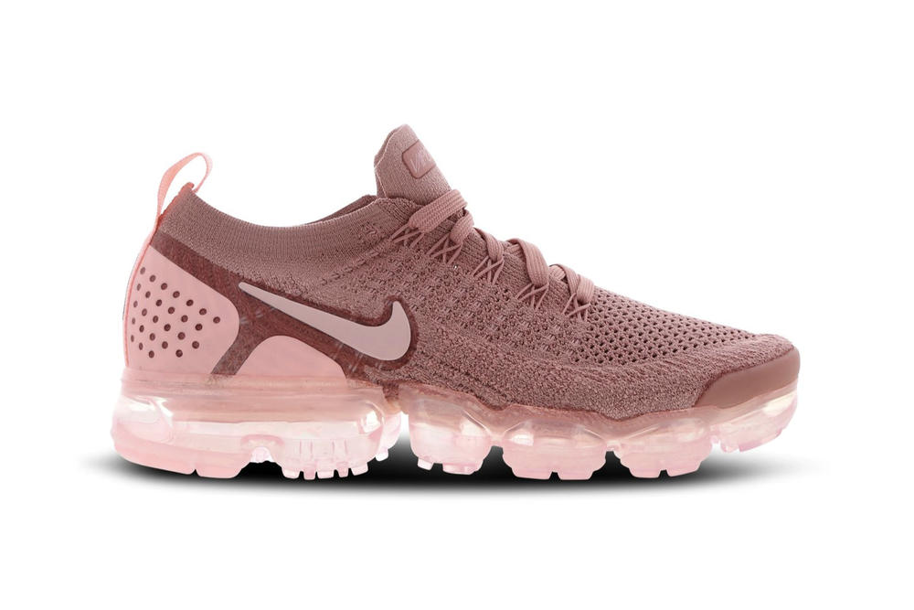 best website a5b9a c8568 Nike Air VaporMax Flyknit Rust Pink Rose Gold Women s Sneaker