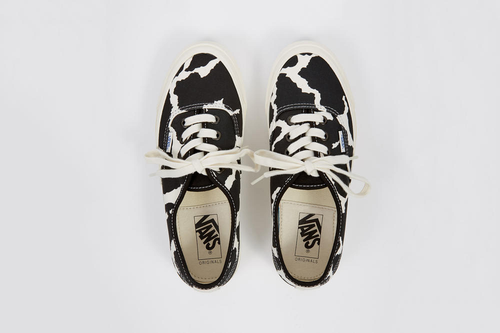 Vans Vault OG Authentic LX Cow Black White