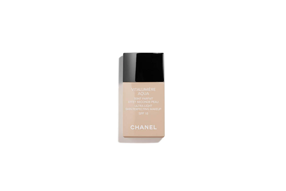 Chanel Beauty VITALUMIERE GLOW Luminous Touch Foundation GLOW Luminous Touch Foundation