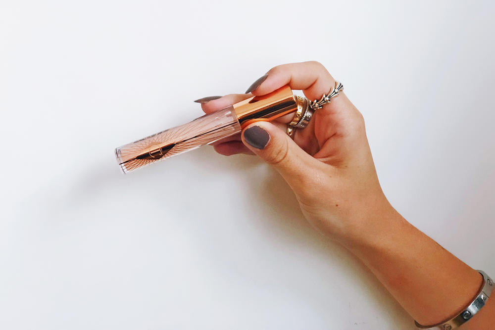 charlotte tilbury collagen lip bath lipgloss review makeup beauty
