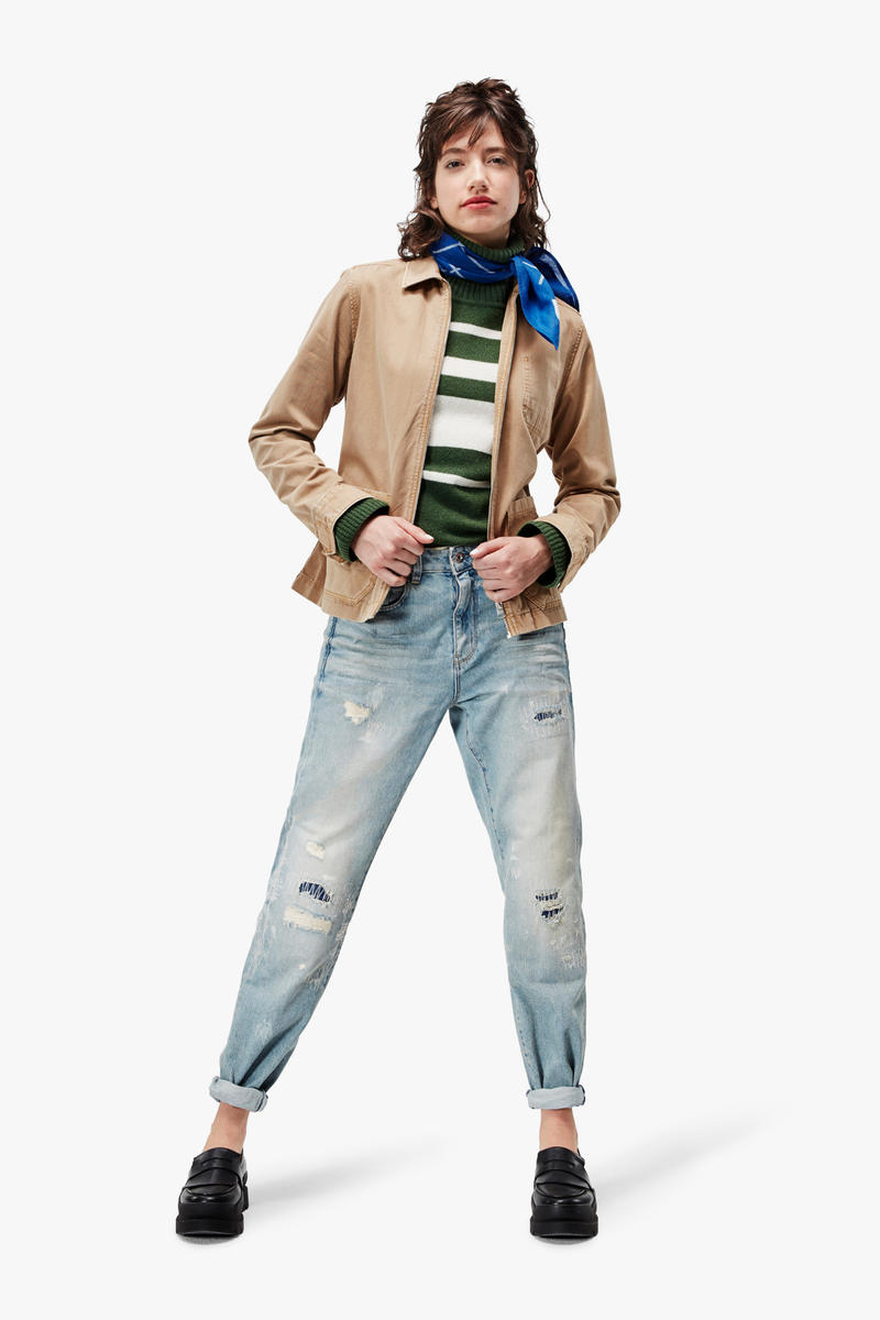G-Star RAW Fall/Winter 2018 Lookbook Striped Shirt White Blue Coat Khaki