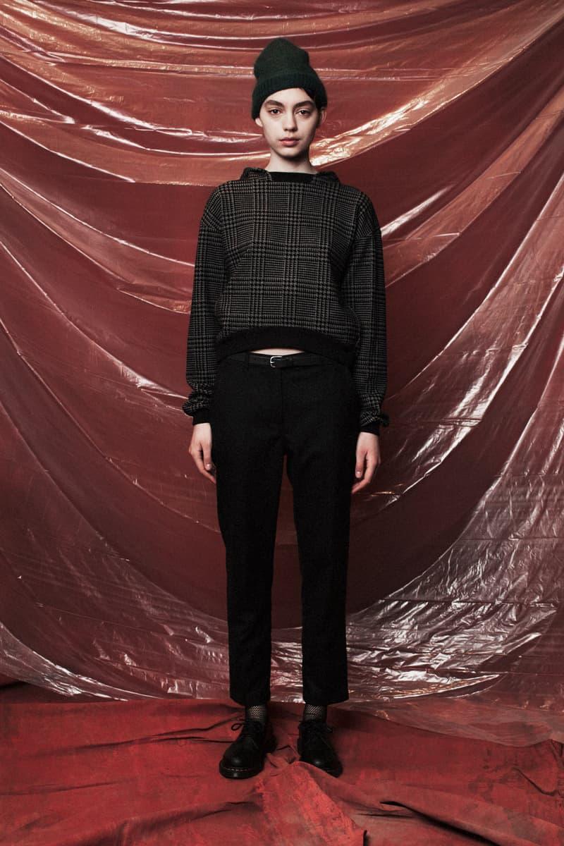 John Elliott Women's Fall/Winter 2018 Collection Lookbook Sweater Grey Pants Black