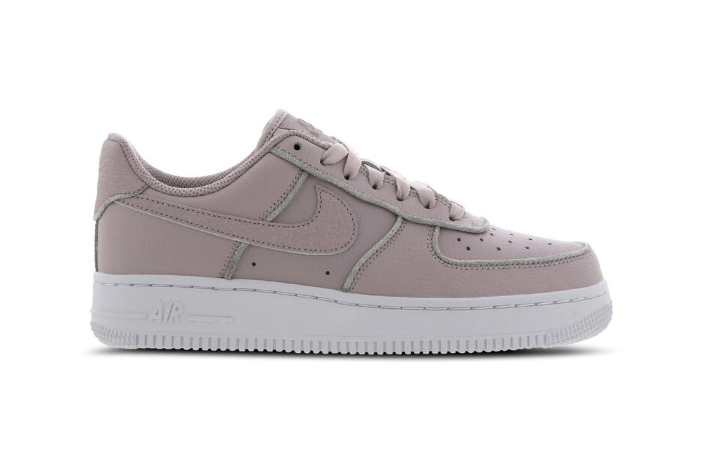 cheaper ad1b7 9a523 Nike Air Force 1 Pastel Blush Pink Silver Glitter Women s Sneakers