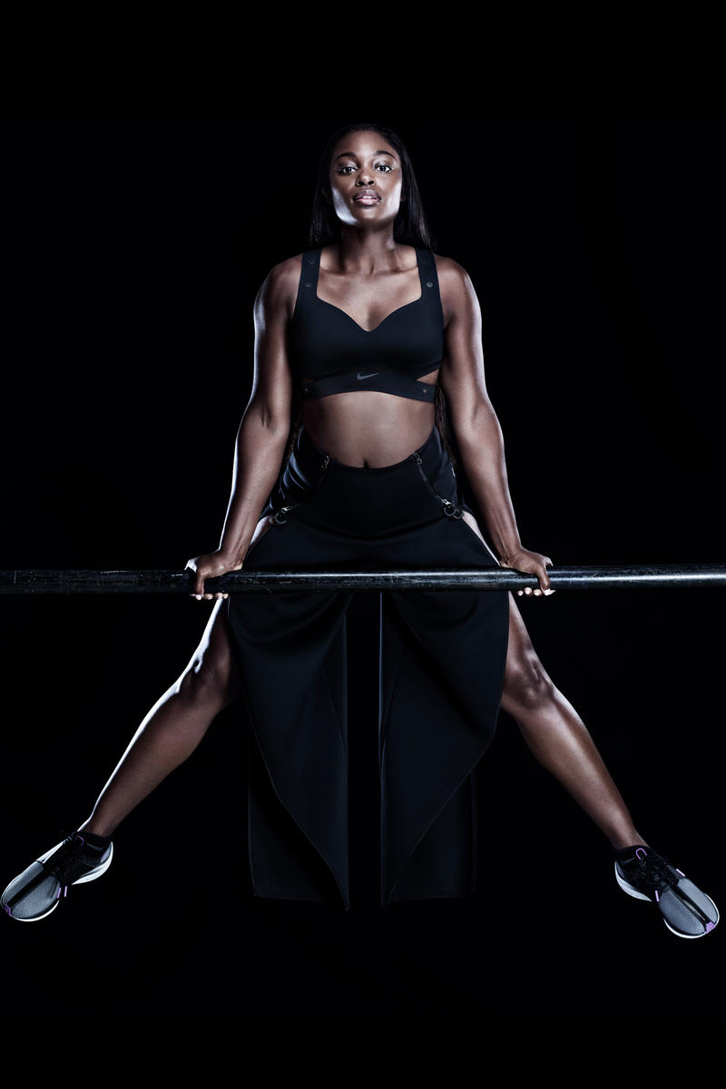 Nike City Ready Collection Campaign Sloane Stephens Motion Adaptation Bra Tights Black