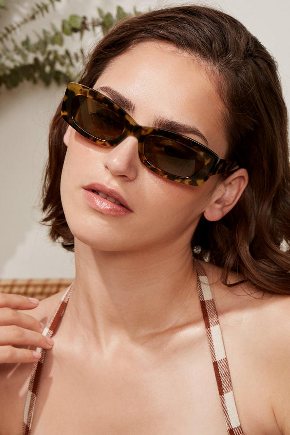 Reformation Sunglasses Collection Francoise Tortoise