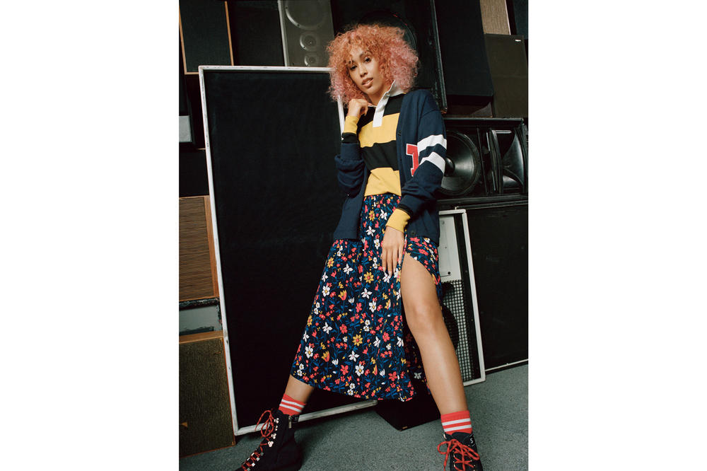 Tommy Jeans Fall/Winter 2018 Campaign Snoochie Shy Floral Wrap Skirt Blue