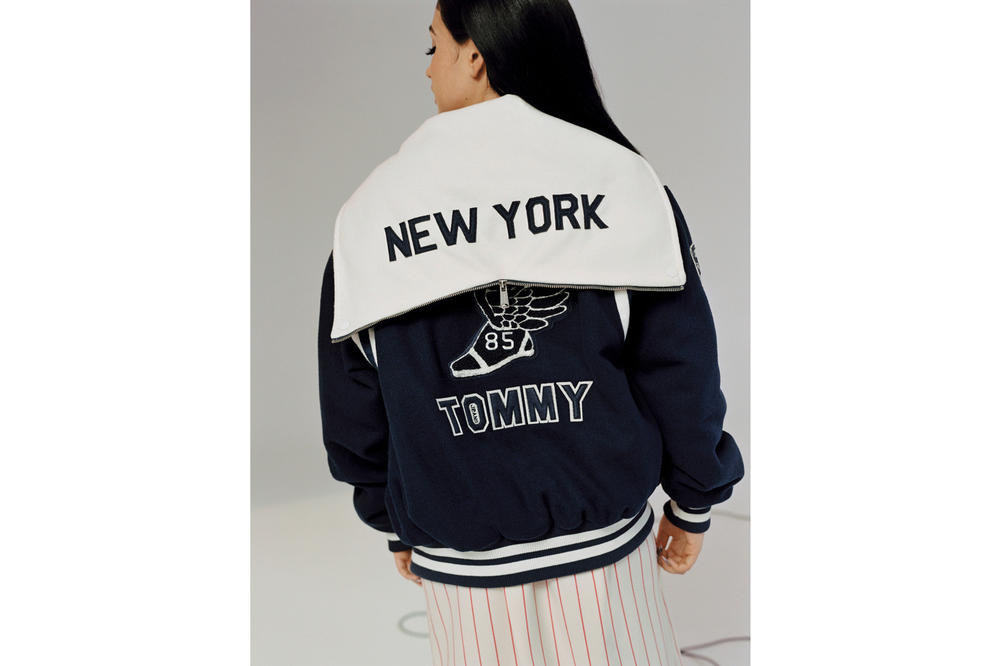 Tommy Jeans Fall/Winter 2018 Campaign Mabel Hooded Varsity Bomber Navy White