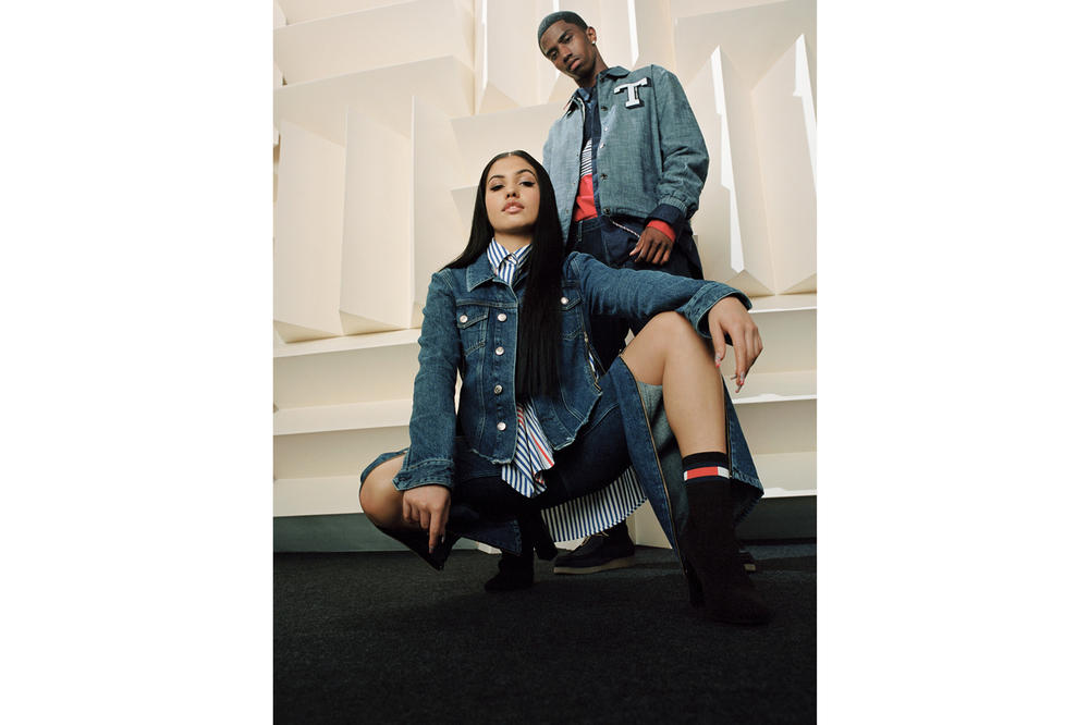 Tommy Jeans Fall/Winter 2018 Campaign Christian Combs Mabel Regular Trucker Jacket Blue Oversized Modern Shirt