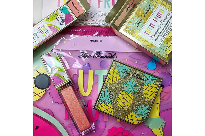 Too Faced Cosmetics Tutti Frutti Collection Juicy Fruits Comfort Lip Glaze Dreamsicle Strobing Bronzer Highlighing Duo Pineapple Paradise
