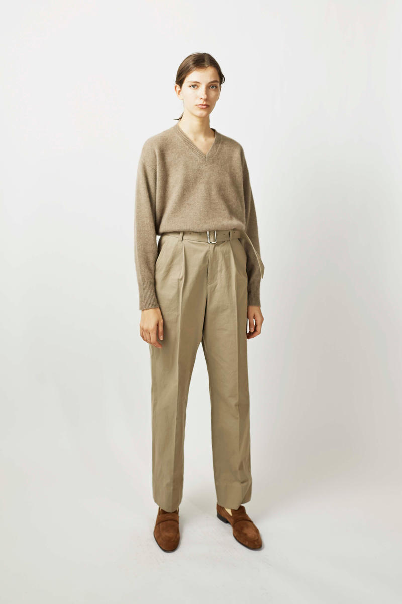undecorated Fall/Winter 2018 Lookbook Sweater Trousers Khaki