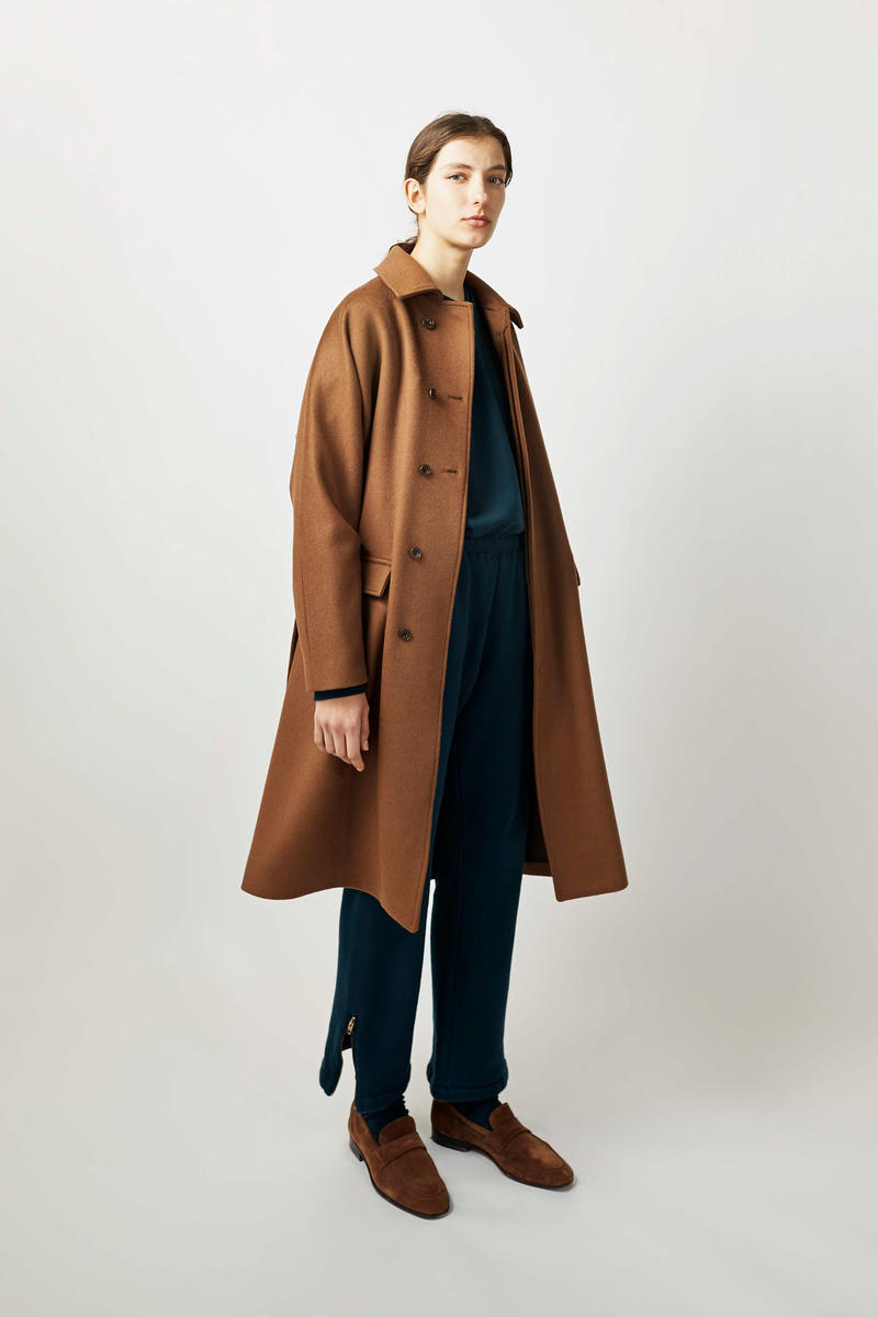 undecorated Fall/Winter 2018 Lookbook Coat Brown Trousers Shirt Black