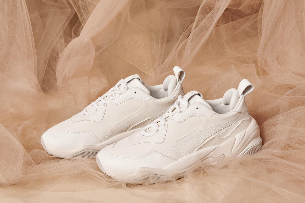 PUMA Thunder Desert Bright Star White Grey Violet