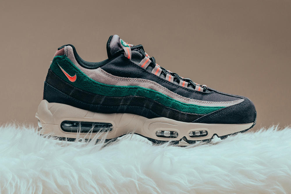 Nike Air Max 95 Premium Oil Grey Bright Mango