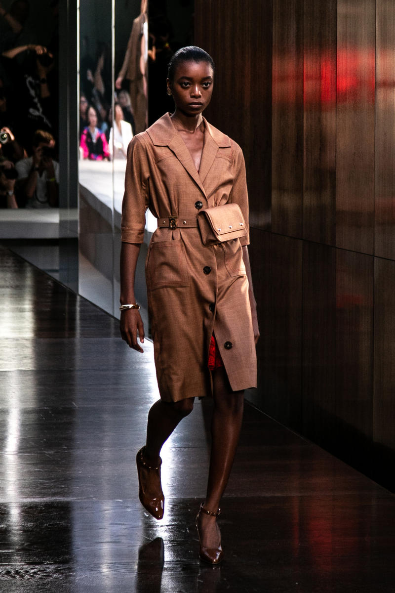 Riccardo Tisci Burberry Debut Runway Show SS19 Brown Coat Belt Bag