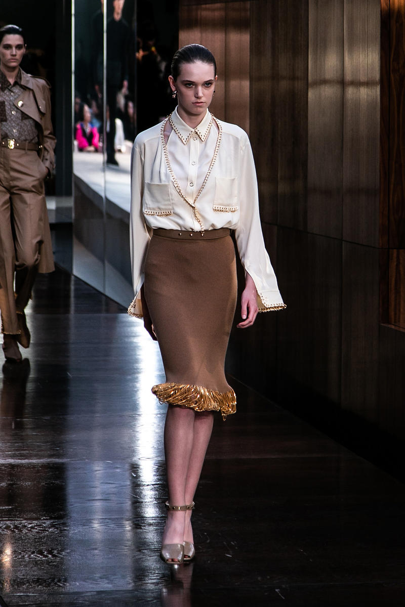 Riccardo Tisci Burberry Debut Runway Show SS19 White Shirt Brown Skirt