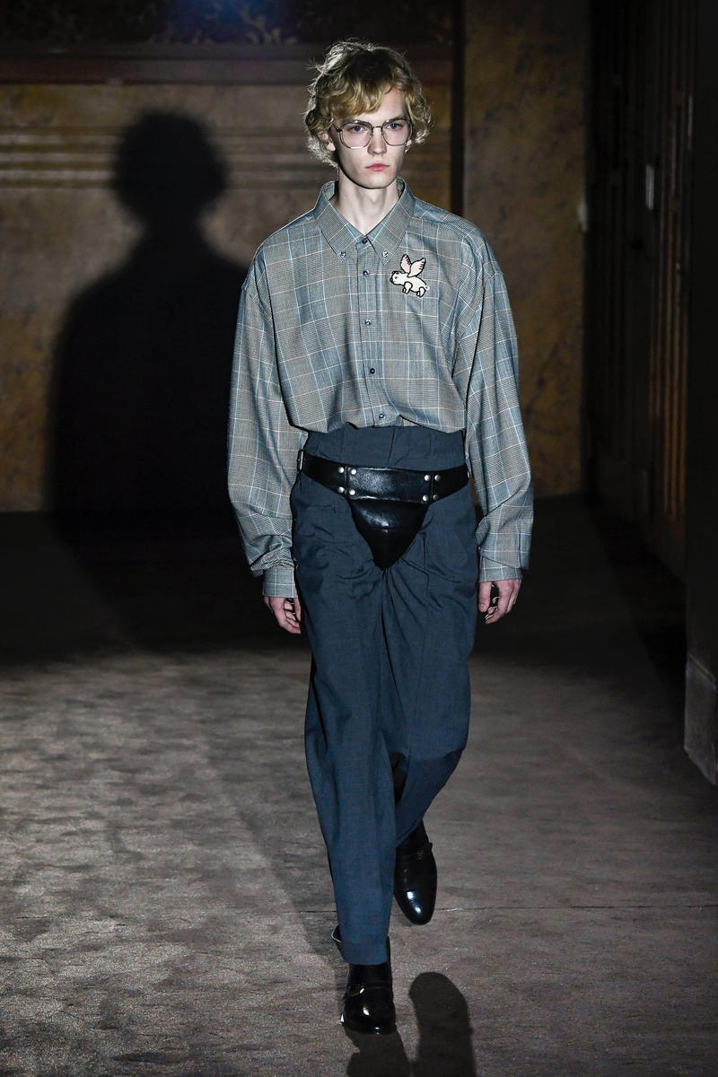 Gucci Alessandro Michelle Spring Summer 2019 Paris Fashion Week Show Collection Top Grey Pants Navy
