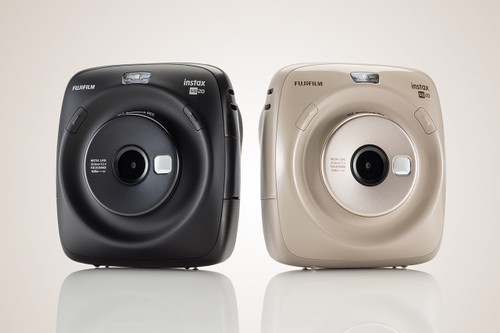 Fujifilms New Instax Square SQ20 Camera Lets You Choose What Print