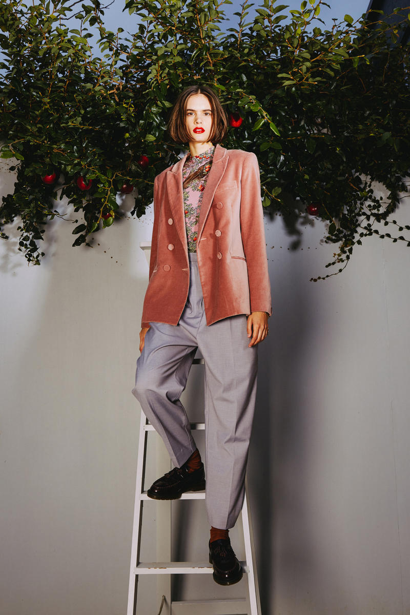 Karen Walker 2018 Spring Summer NYFW Lookbook Suede Blazer Pink Trousers Grey