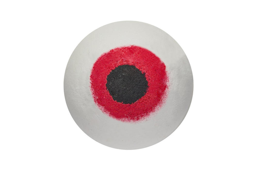 Lush Beauty 2018 Halloween Collection Eyeball Bath Bomb