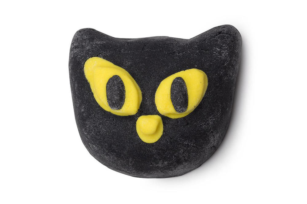 Lush Beauty 2018 Halloween Collection Bewitched Bubble Bar