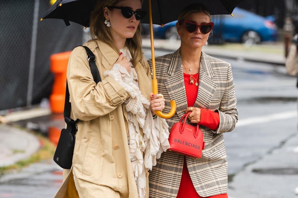 New York Fashion Week NYFW Street Style Street Snaps Balenciaga Bag Red