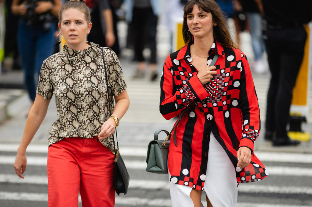 New York Fashion Week NYFW Street Style Street Snaps Snakeskin Top Brown Blouse Red Black