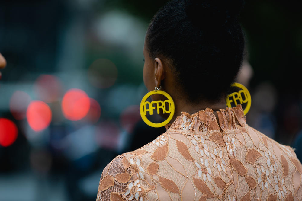 New York Fashion Week NYFW Street Style Street Snaps Afro Earrings Yellow