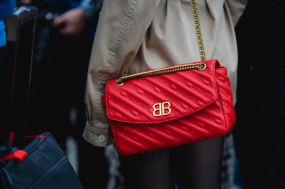 New York Fashion Week NYFW Street Style Street Snaps Balenciaga Bag Red